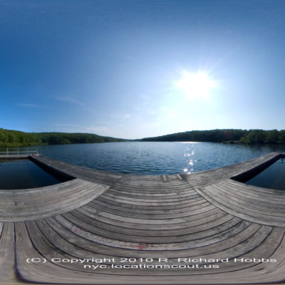 breakneck-pond-pano © 2020 Copyright R. Richard Hobbs / nyc.locationscout.us